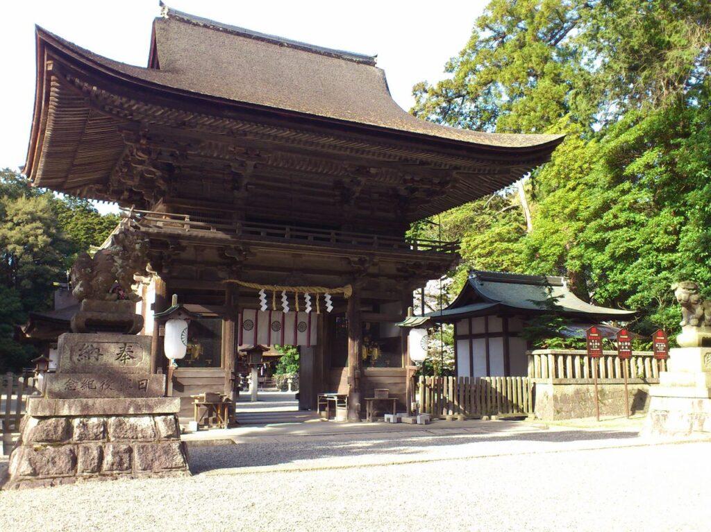 御上神社の楼門