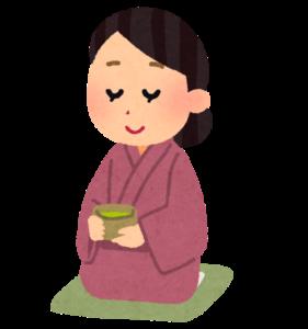 茶道をする着物の女性