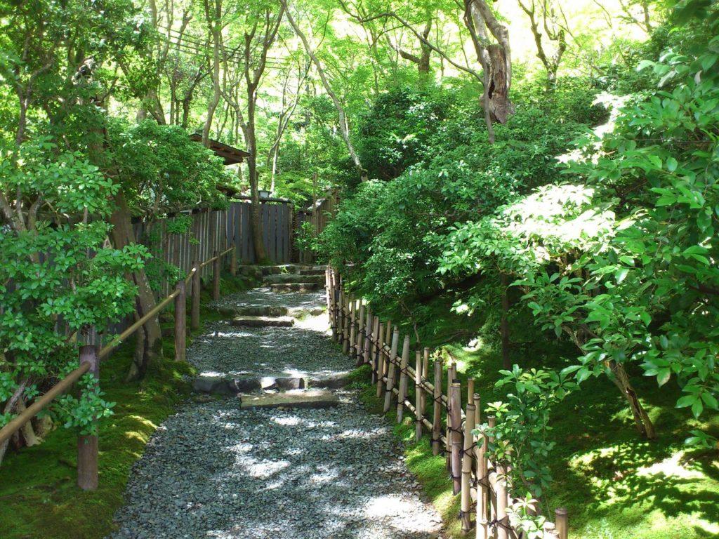 祇王寺への参道