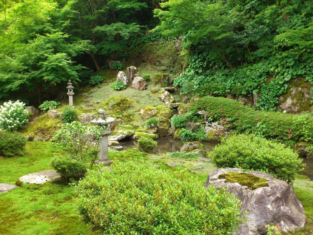 常高寺の回遊式庭園