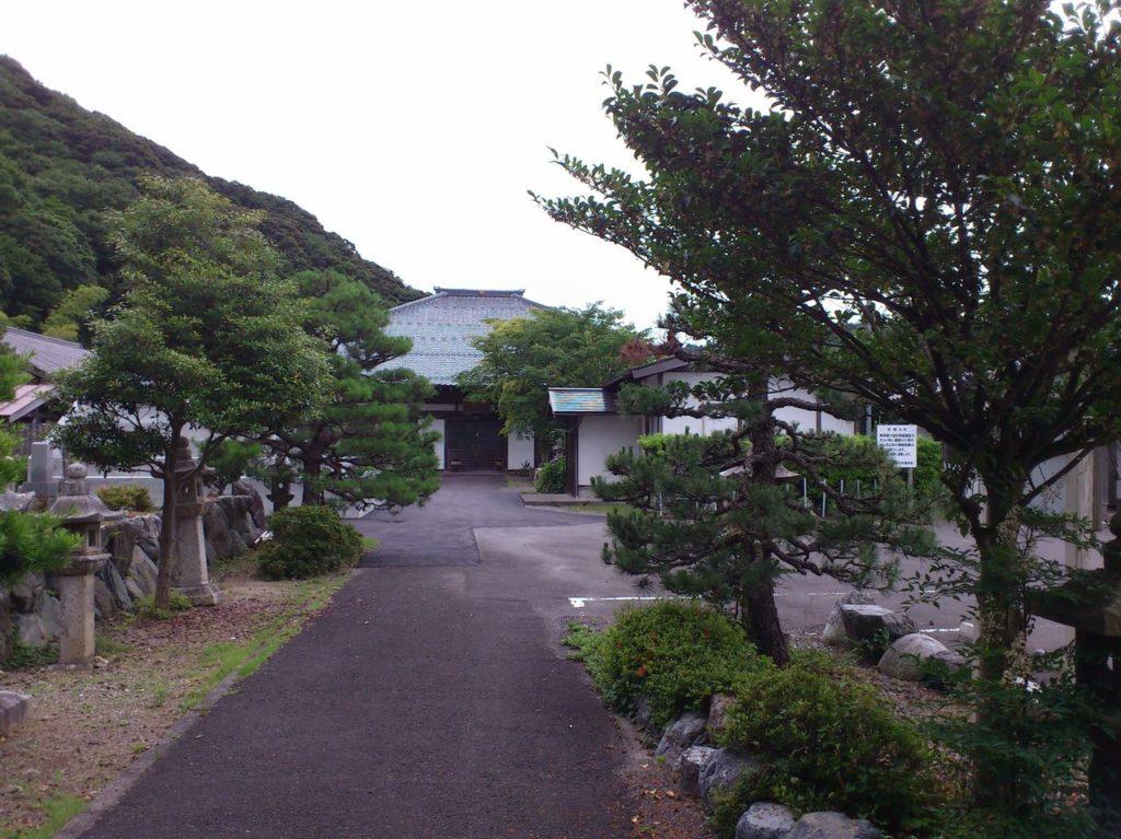空印寺の境内