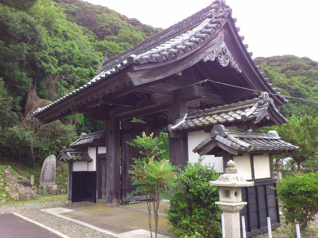 空印寺の山門