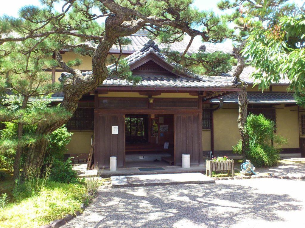 藤井彦四郎邸の玄関