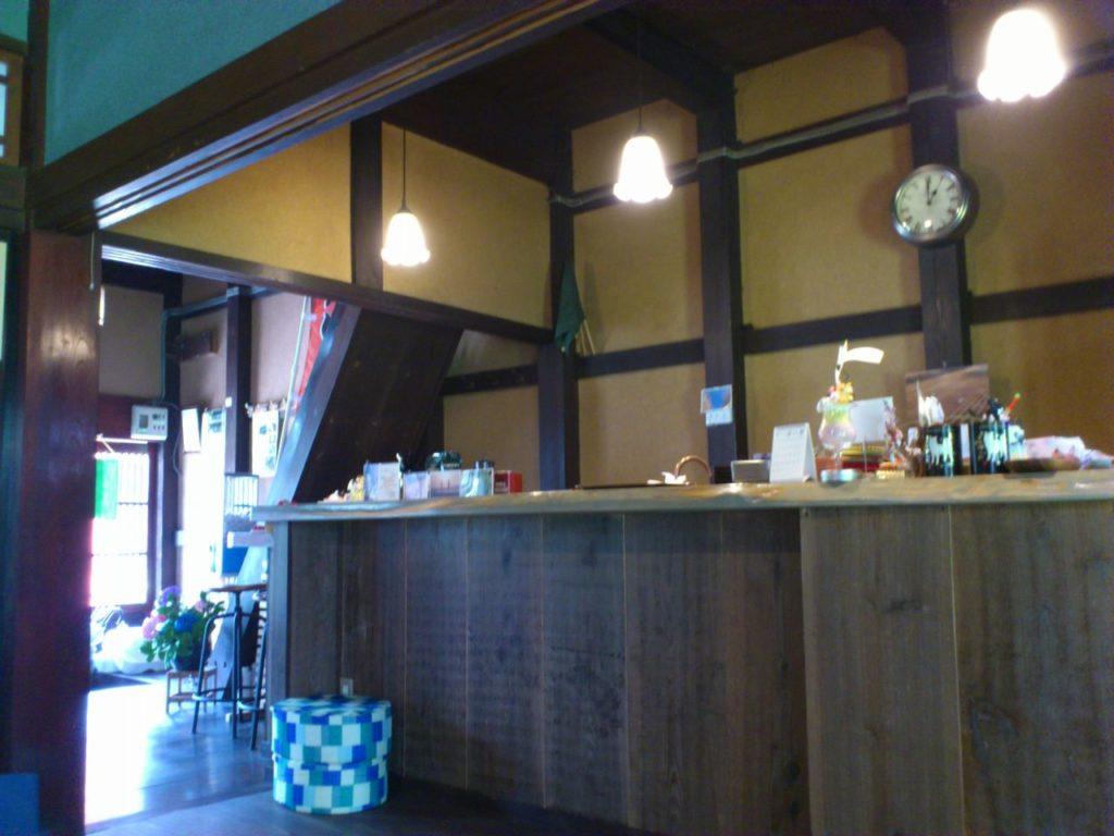 古民家カフェのカウンター