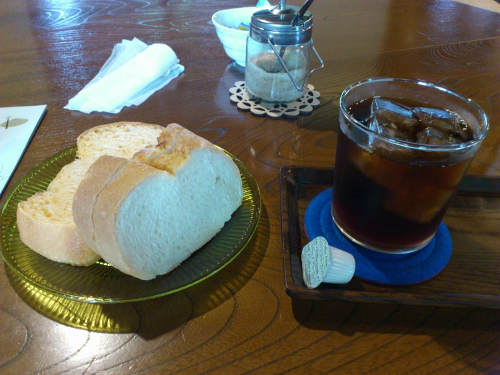 パンとコーヒーの木ノ芽セット