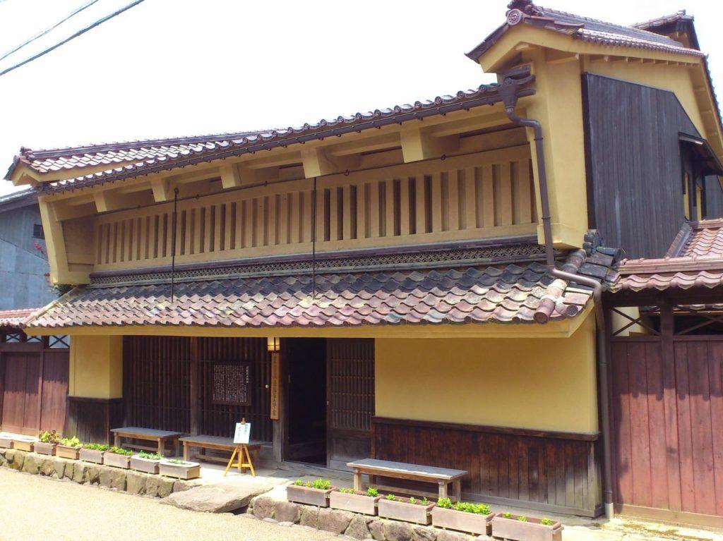 京藤甚五郎家の外観