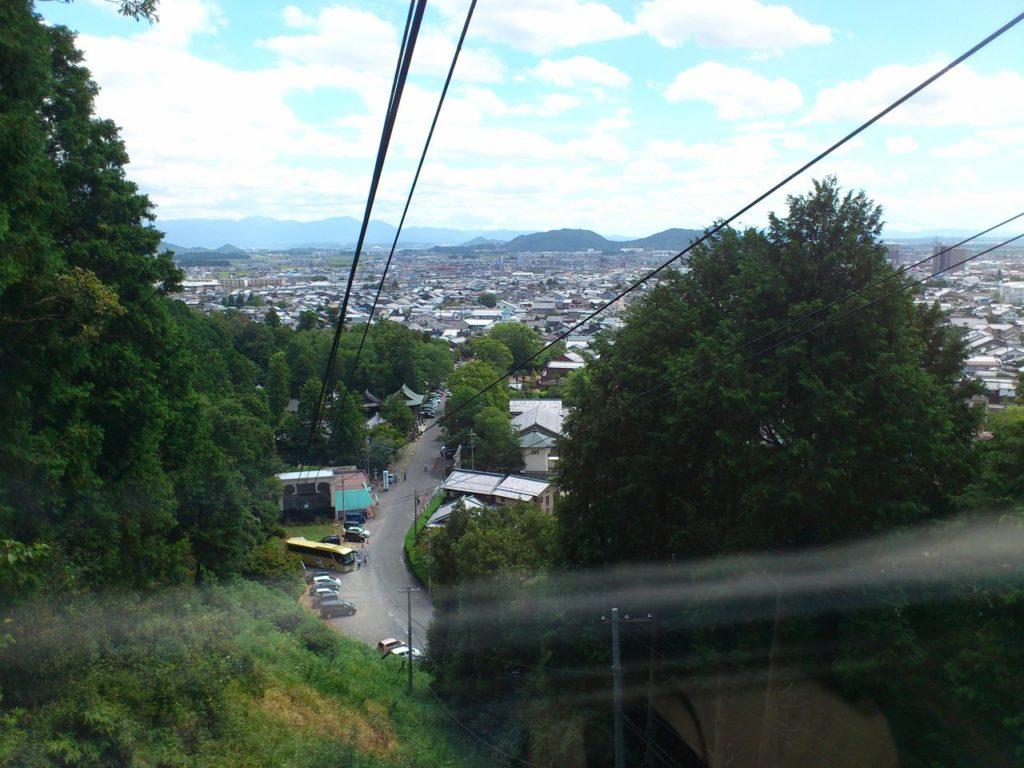 八幡山ロープウェイ出発後