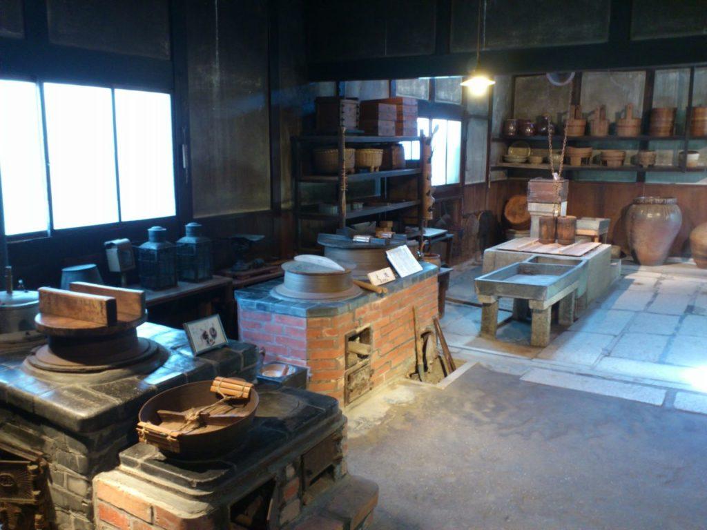 外村繁邸の台所
