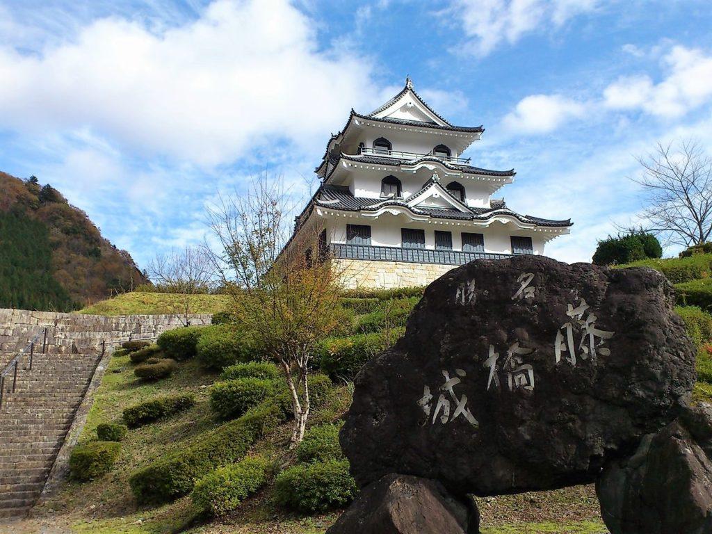 藤橋城の天守閣