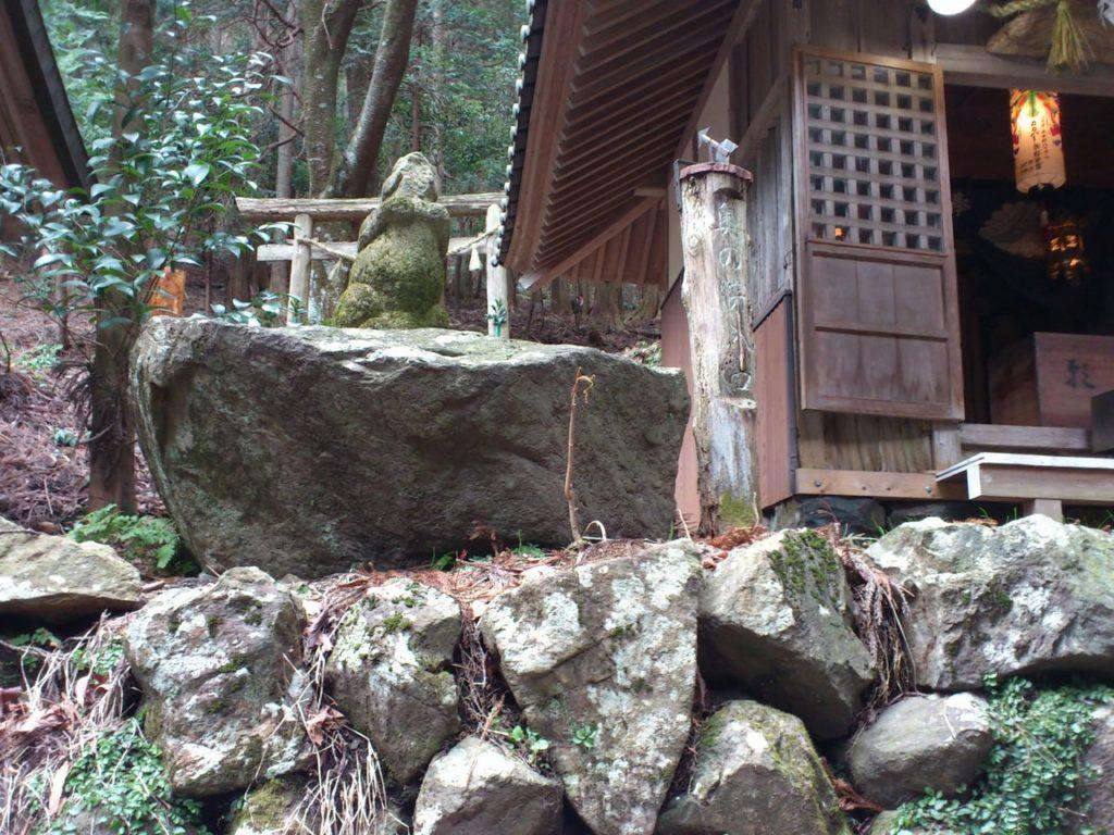 福王神社奥の院の入り口