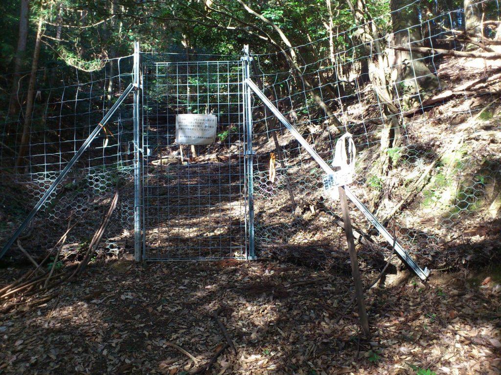 シカの侵入を防止する柵