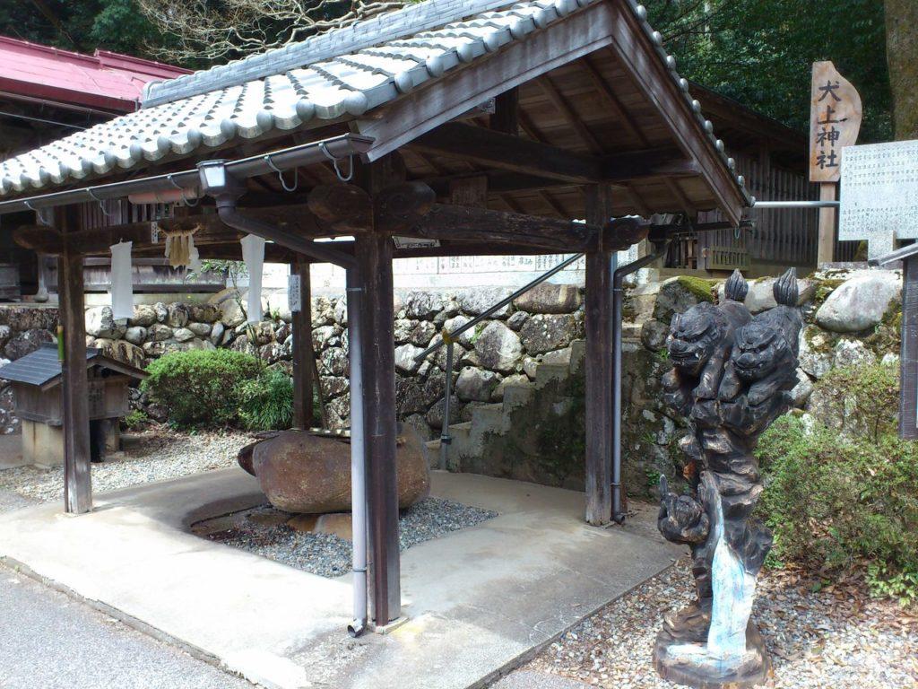 大瀧神社の手水舎