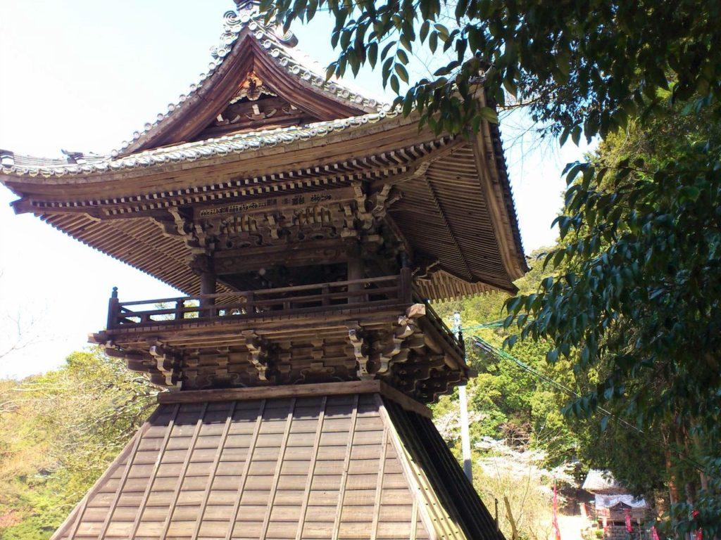 高澤観音の鐘楼