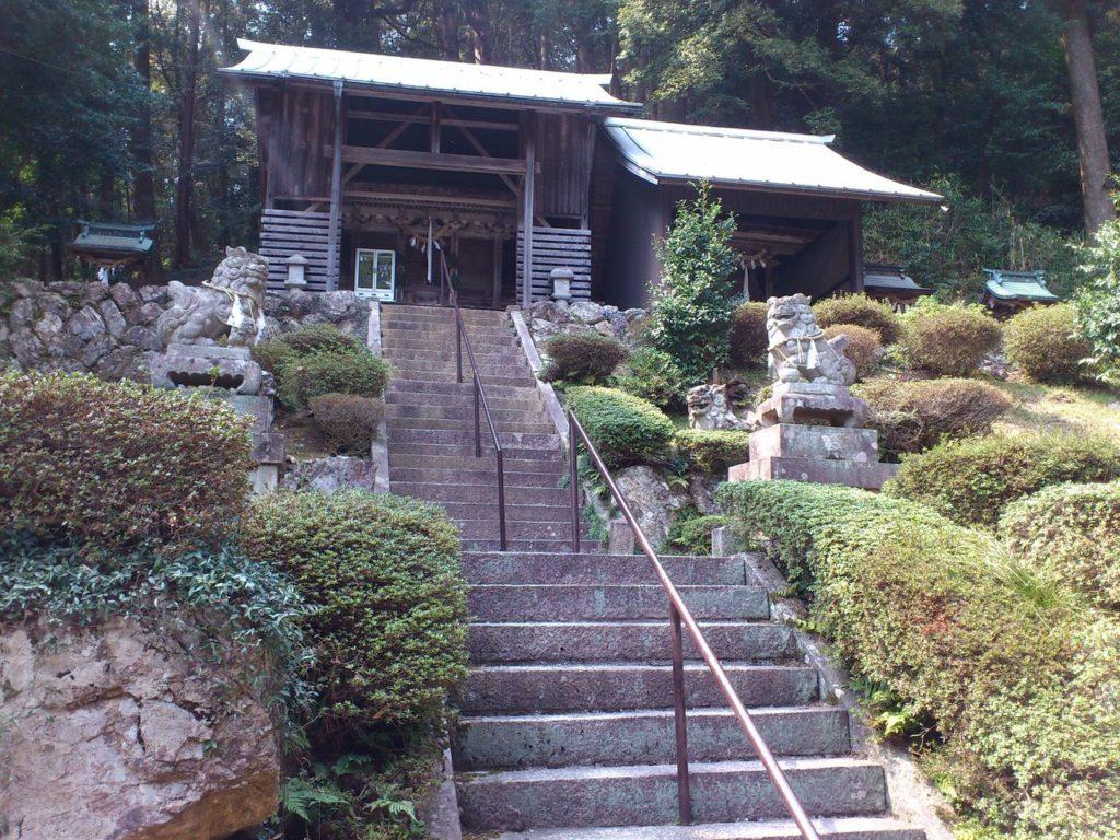 清滝神社の本殿