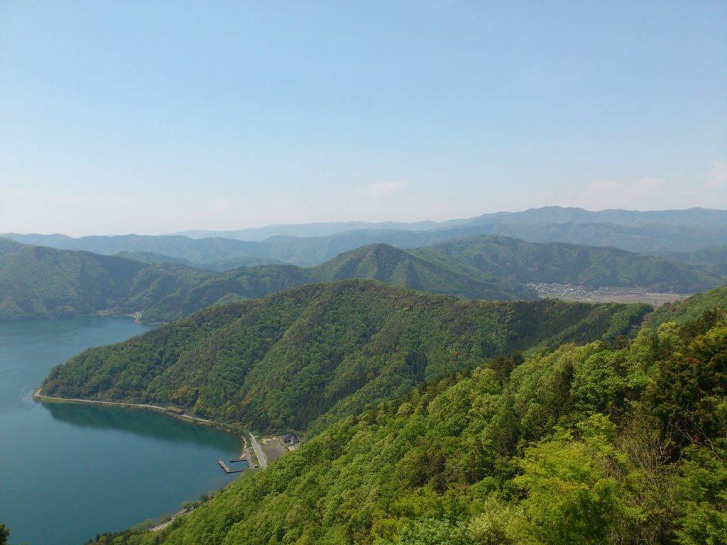 奥琵琶湖の山々
