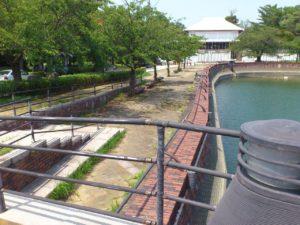 住吉入江のレンガの遊歩道