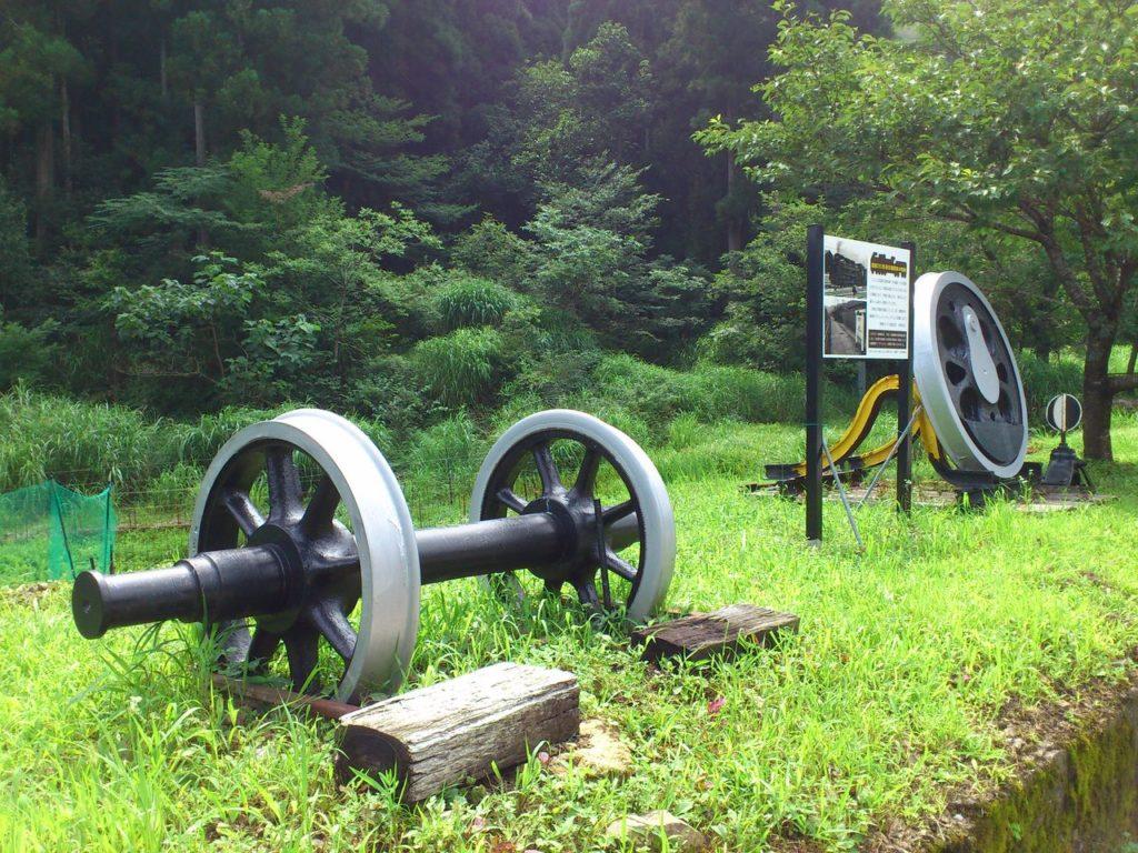 国鉄D51形蒸気機関車の車輪と動輪