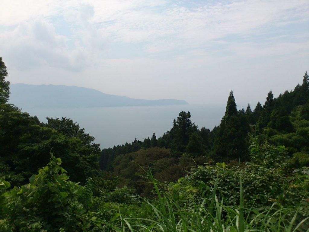 若狭湾に突き出る敦賀半島
