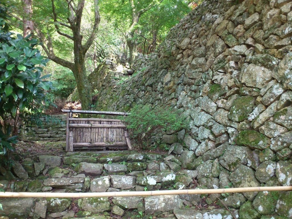 竹生島の大石垣