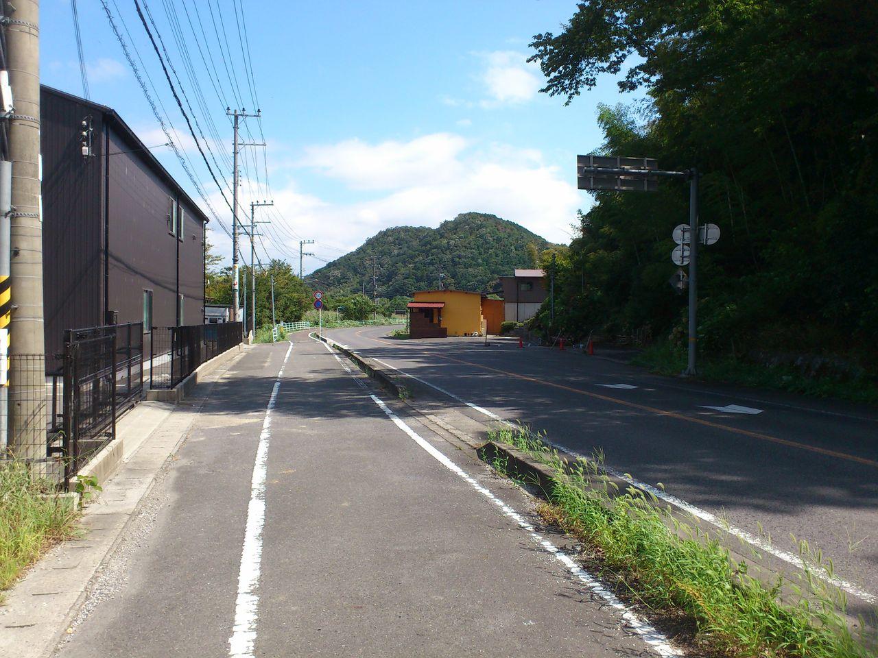 県道26号線を南へ