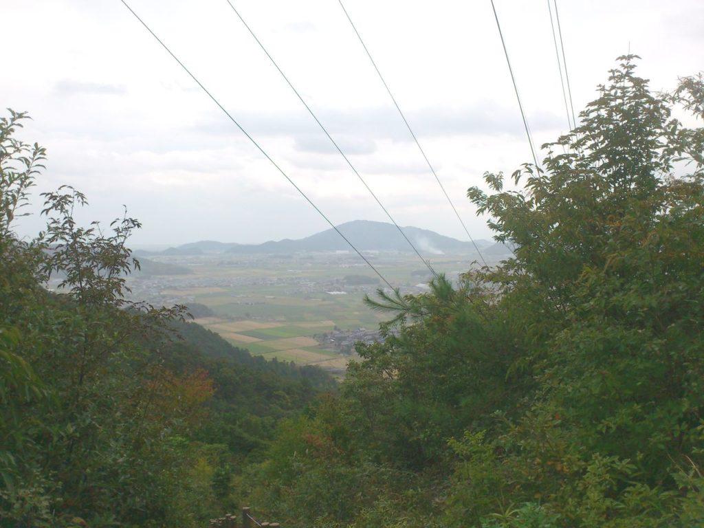 鉄塔の横からの眺め