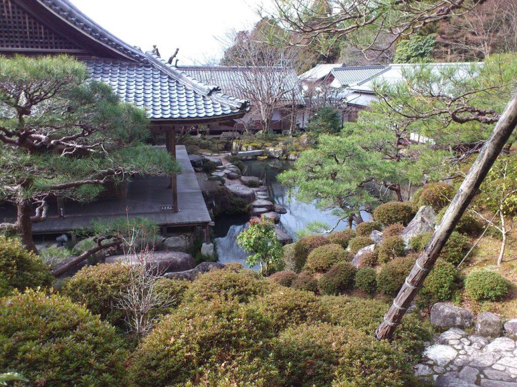 本坊喜見院の庭園