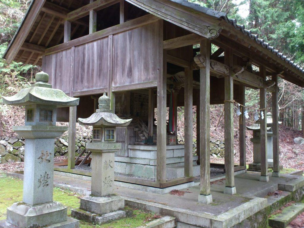 伊吹神社の本殿