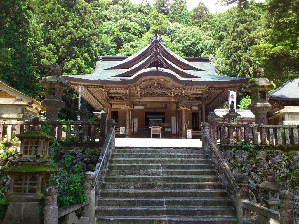 甘南美寺の本堂