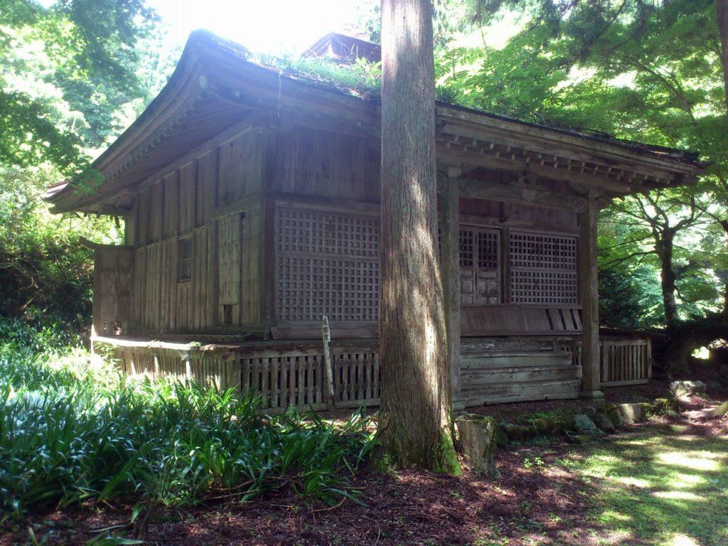 菅山寺護摩堂