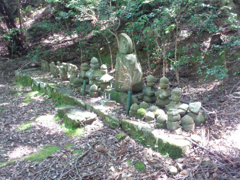 大炊家墓所